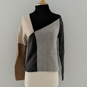 Kenji Natural Wool Colorblock Sweater